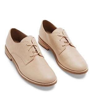Eileen Fisher Shoes - Eileen Fisher Milo Tan Oxford Leather Shoes